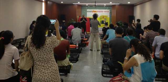 大量记者热情参与《6个月学会任何一种外语》新书新闻发布会